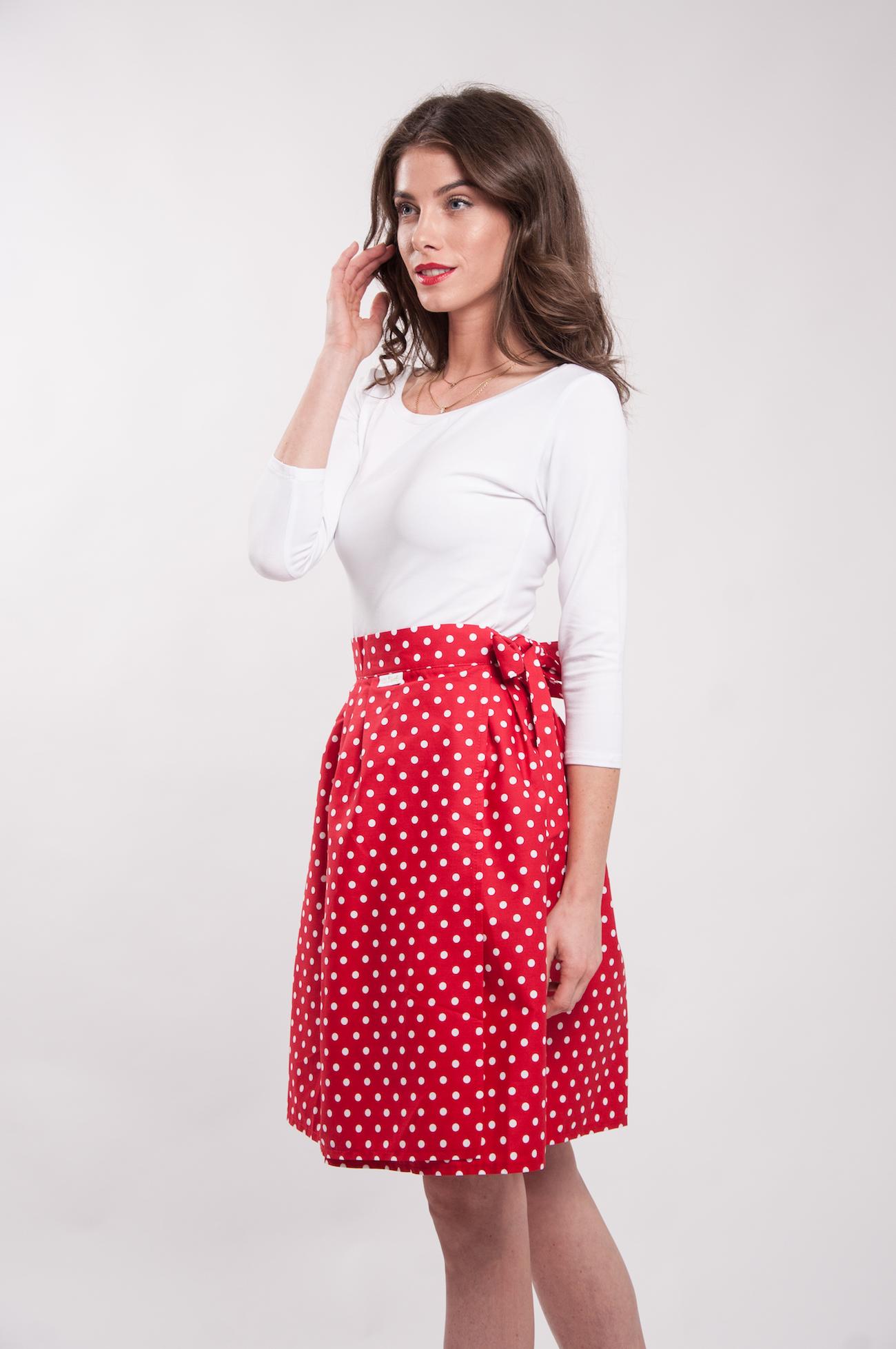 98237f3a03ee Zavinovací sukně Retro puntíkatá červená.