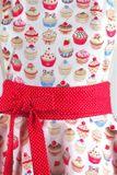 Luxusní kuchyňská zástěra Cupcake