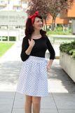 Zavinovací sukně Retro bílá puntíkatá