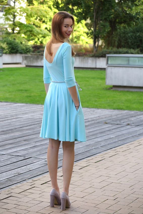 Bambusové šaty s výstřihem Paradise blue