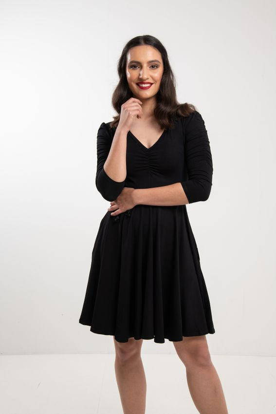 Černé bambusové šaty řasené Arabela